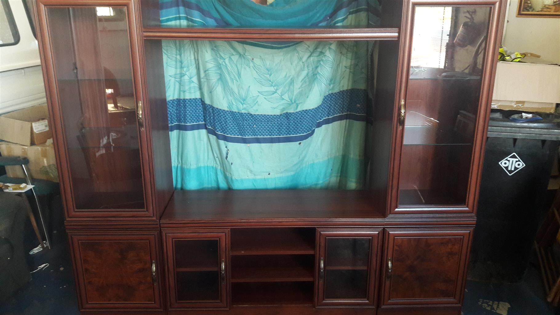 Wall Unit in Excellent Condition | Junk Mail