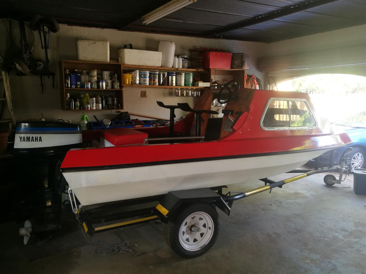 Cabin cruise with 65hp Yamaha motor for sale R22900