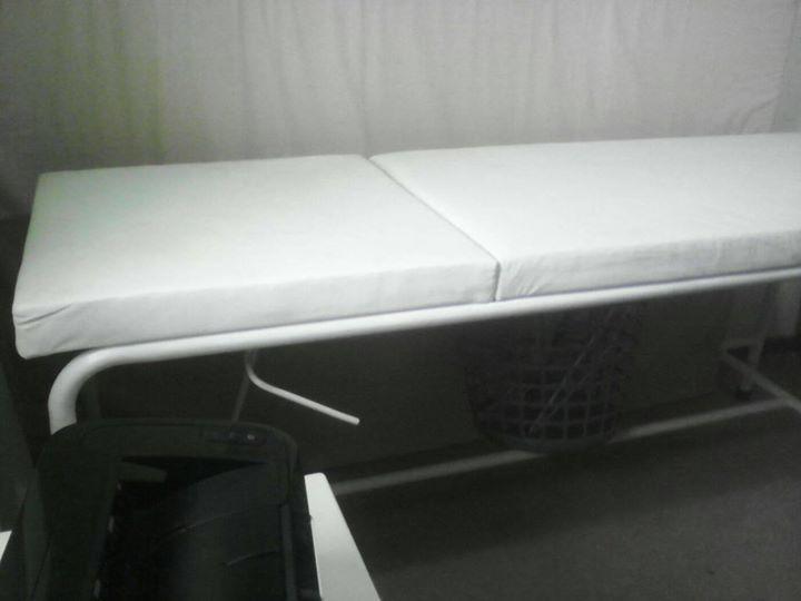 Salon bed