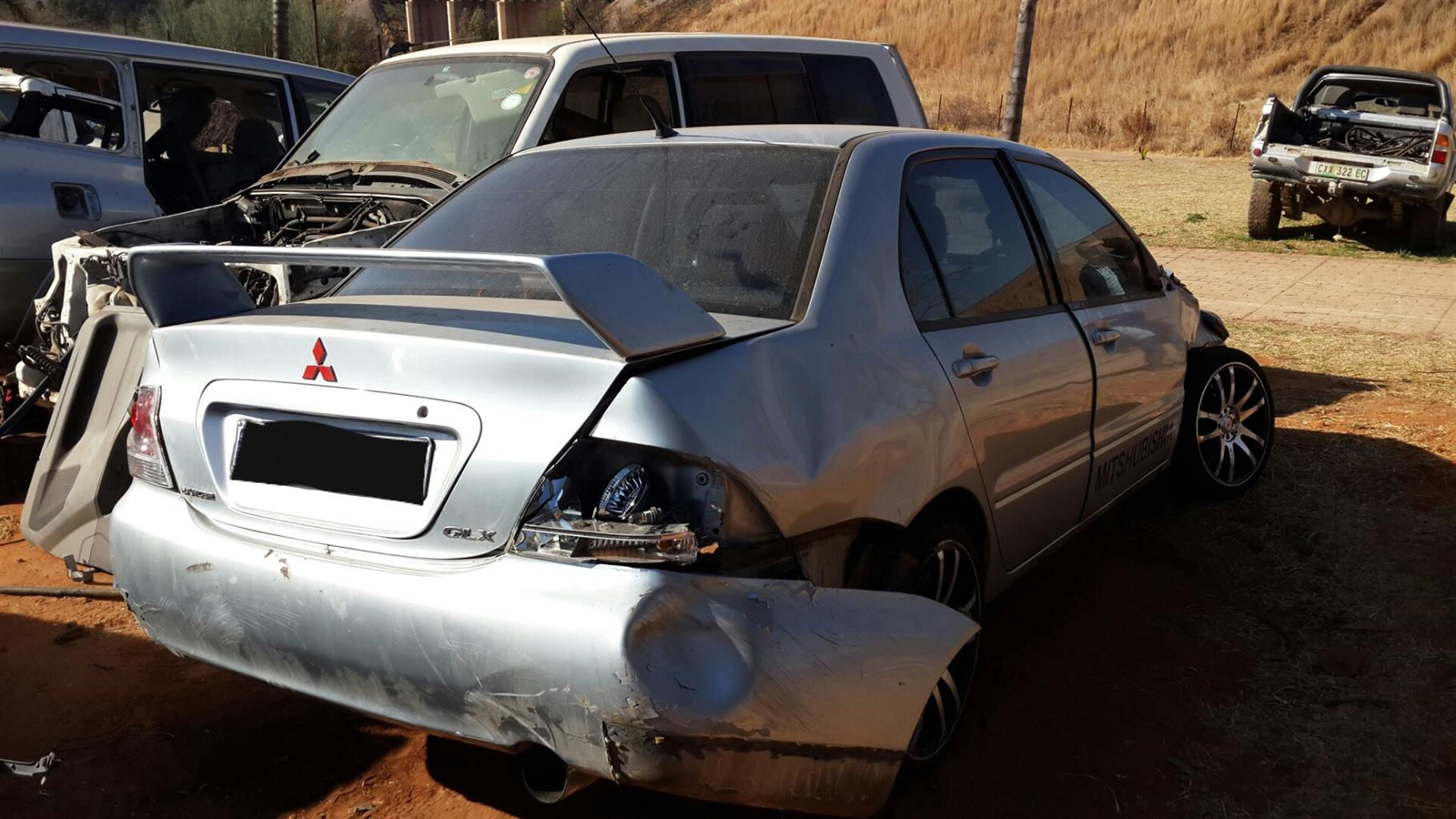 Mitsubishi Lancer 1.6 (2004 model) for stripping