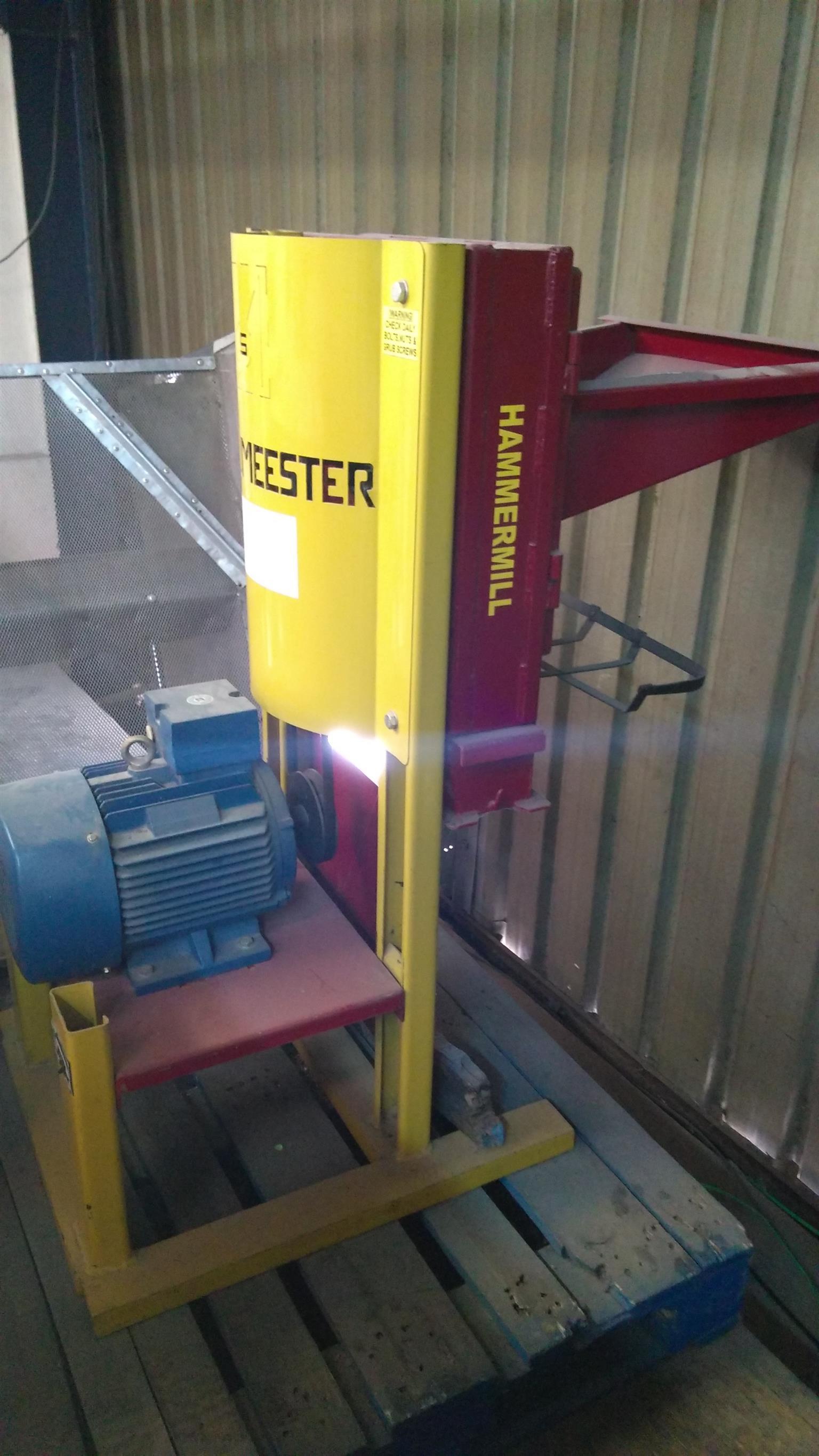Grain Milling Machine