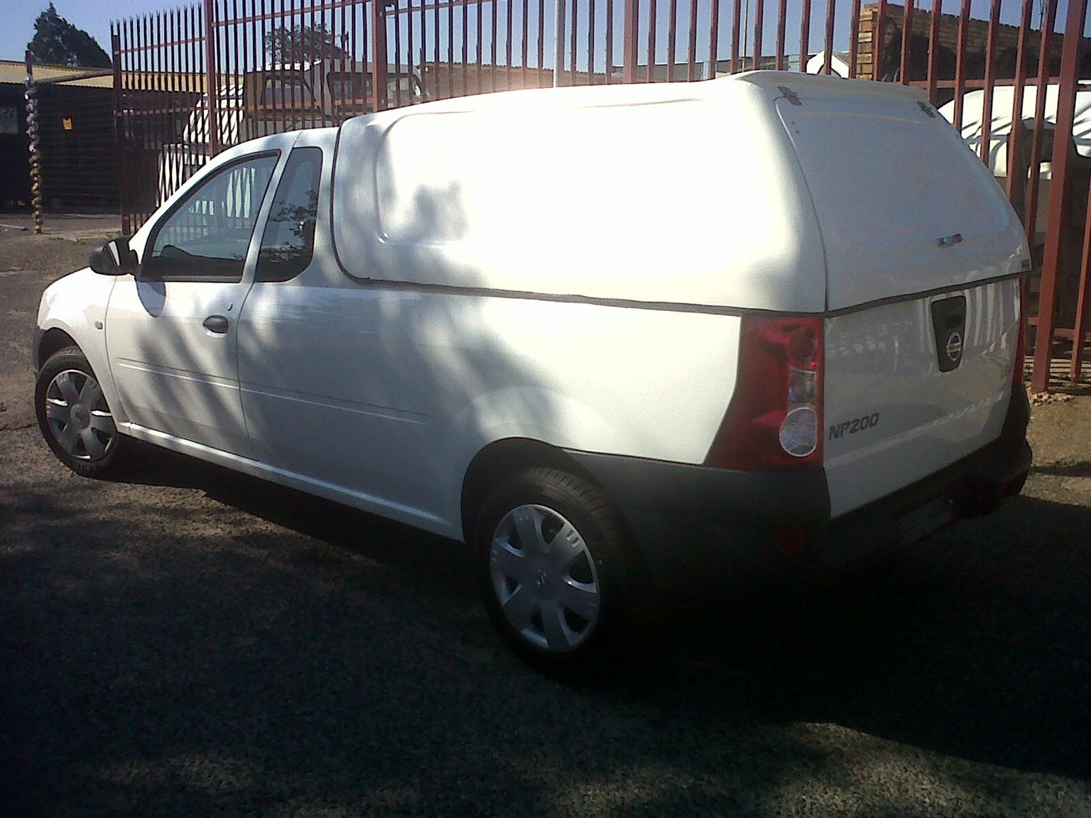 BRAND NEW GC NISSAN NP200 COMPLETE BLINDSIDE CANOPY FOR SALE!!!!!!!!!!!!