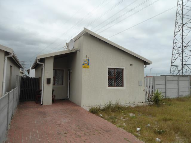 3 bedroom House for sale in Lentegeur