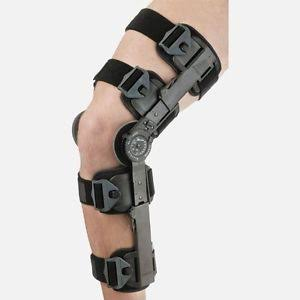 T Scope® Premier Post-Op Knee Brace The Breg T Scope Premier Post-Op knee brace delivers a patient centric design to provide unprecedented comfort, simplicity, and support during post-operative knee rehabilitation.