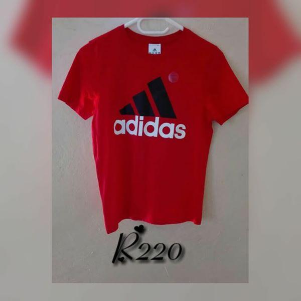 164e8569fa46 Kiddies Bright red Adidas shirt