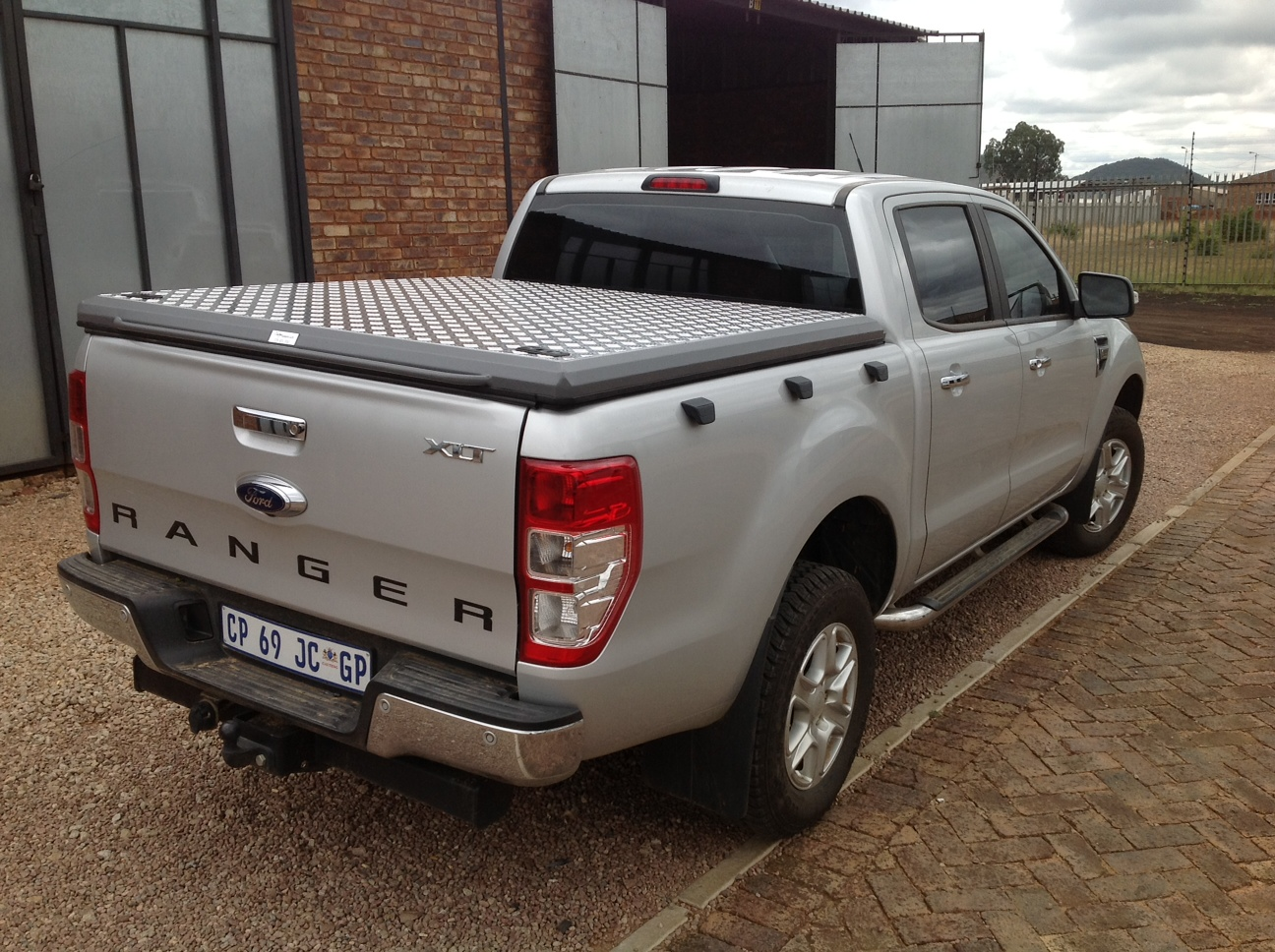 Brand new Bakkie deck / load bin cover for a 2012- 2017 Ford Ranger Double cab