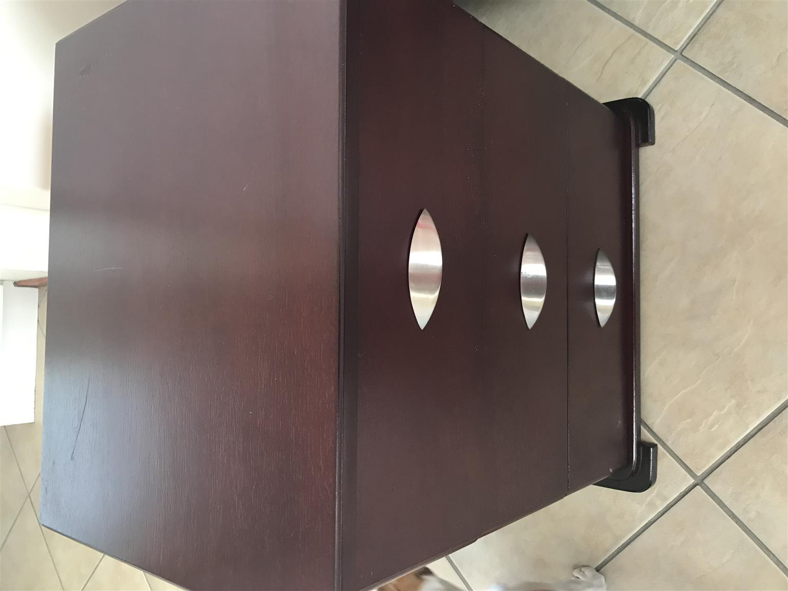 BEDROOM CABINETS FOR SALE