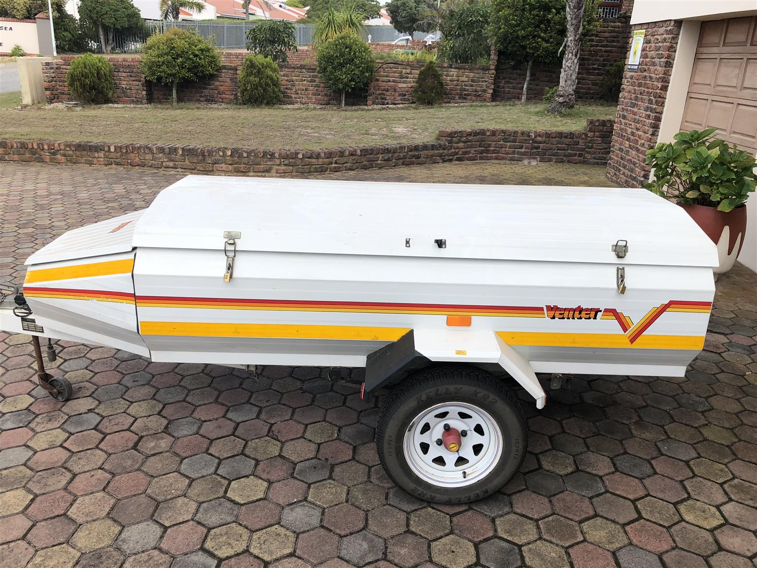 R 9 000 For Sale Venter Trailer