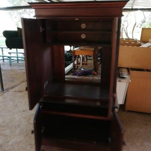 Tv cabinet /wall unit | Junk Mail