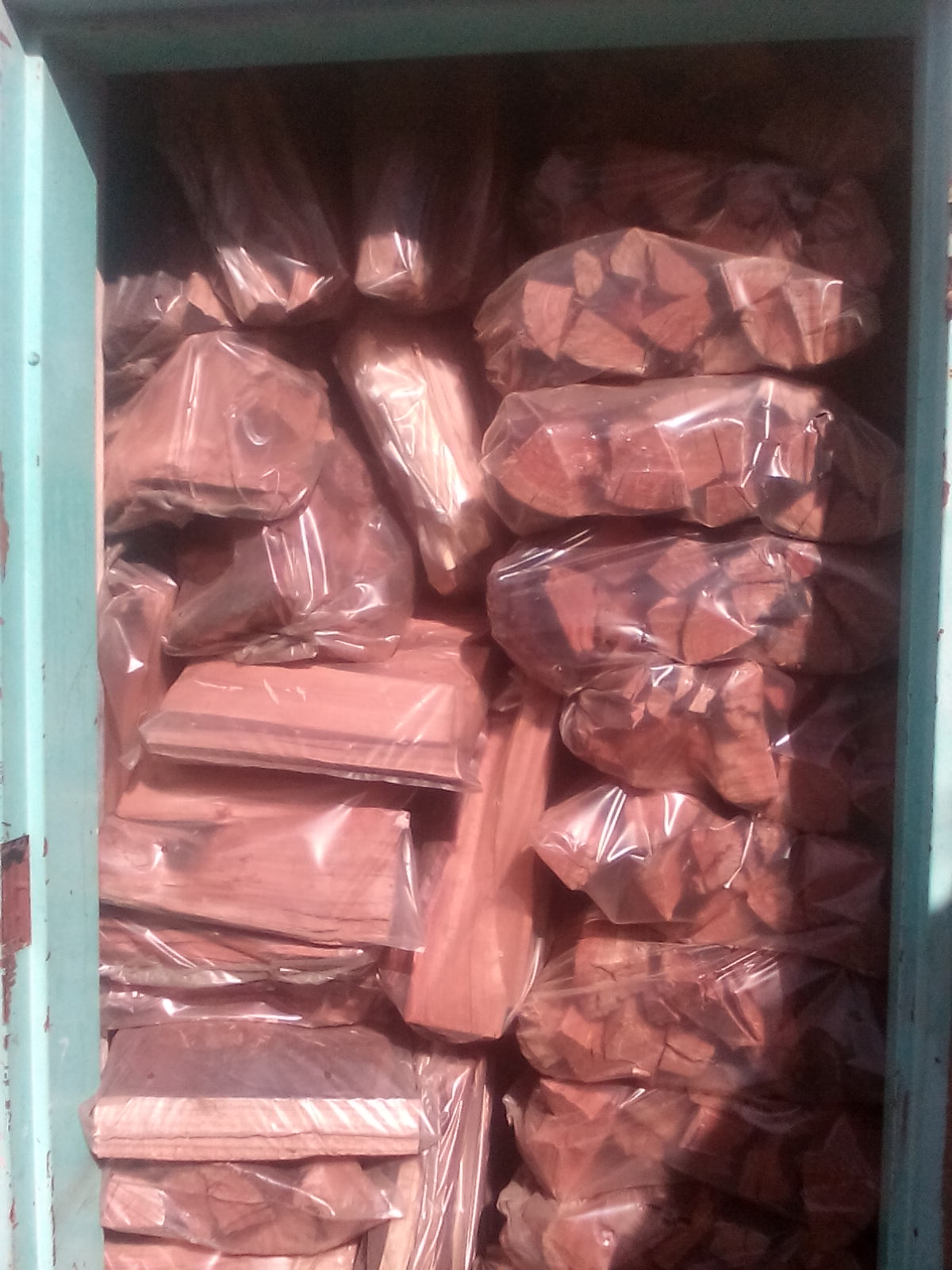 FIREWOOD FOR SALE IN KEMPTON PARK