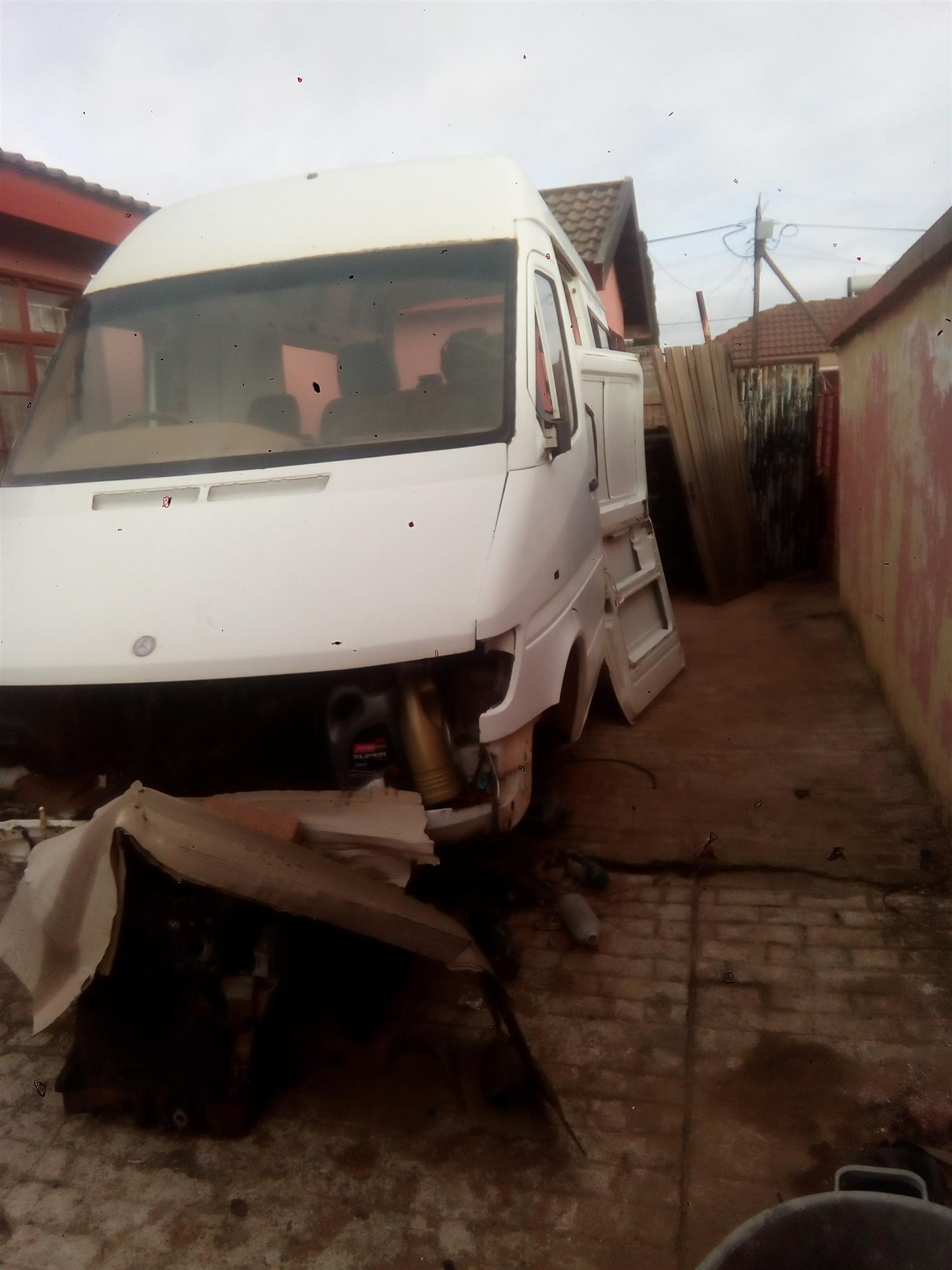 Mercedes Benz Bus 312 Body for Sale