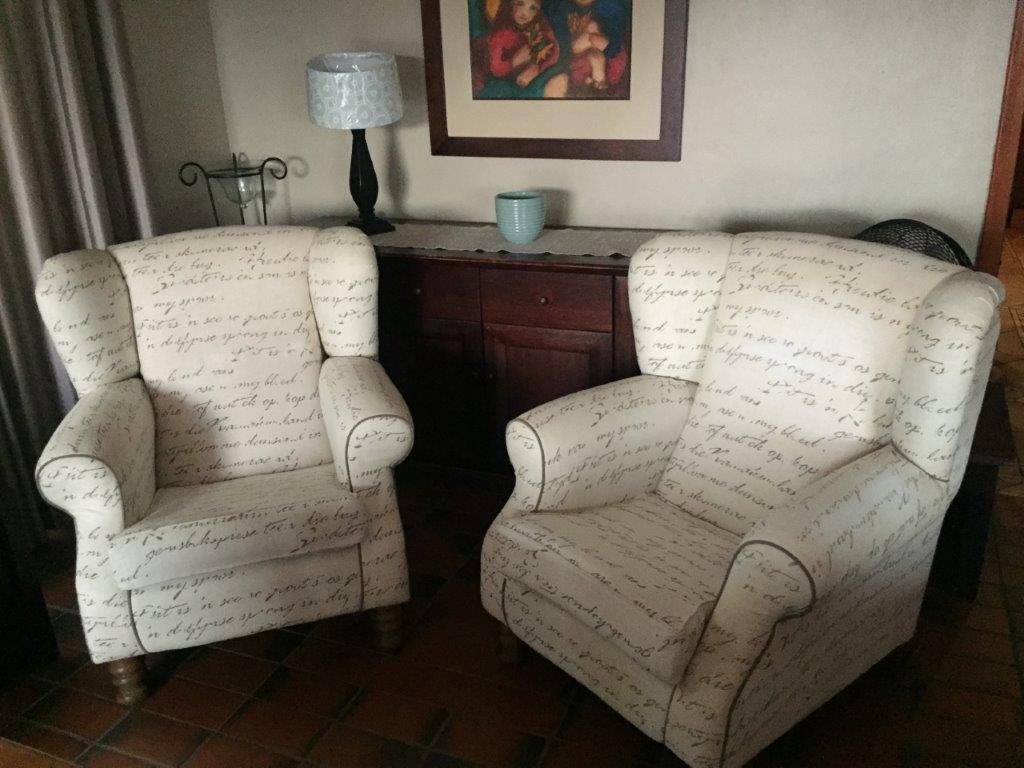 CHAIRS. Wingback Chairs X 2. Excellent Quality High Back Wingback Chairs