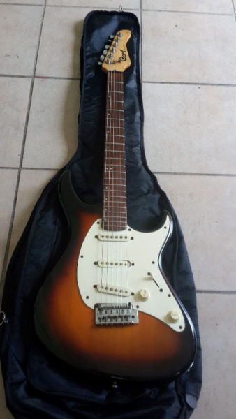 Cort g200 series electric strat guitar