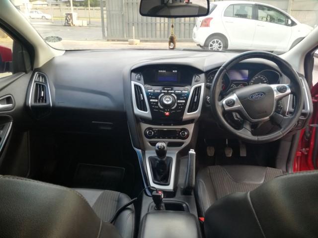 2013 Ford Focus hatch 2.0 Sport
