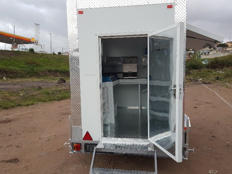 Mobile Kitchens / Food trailers for sale