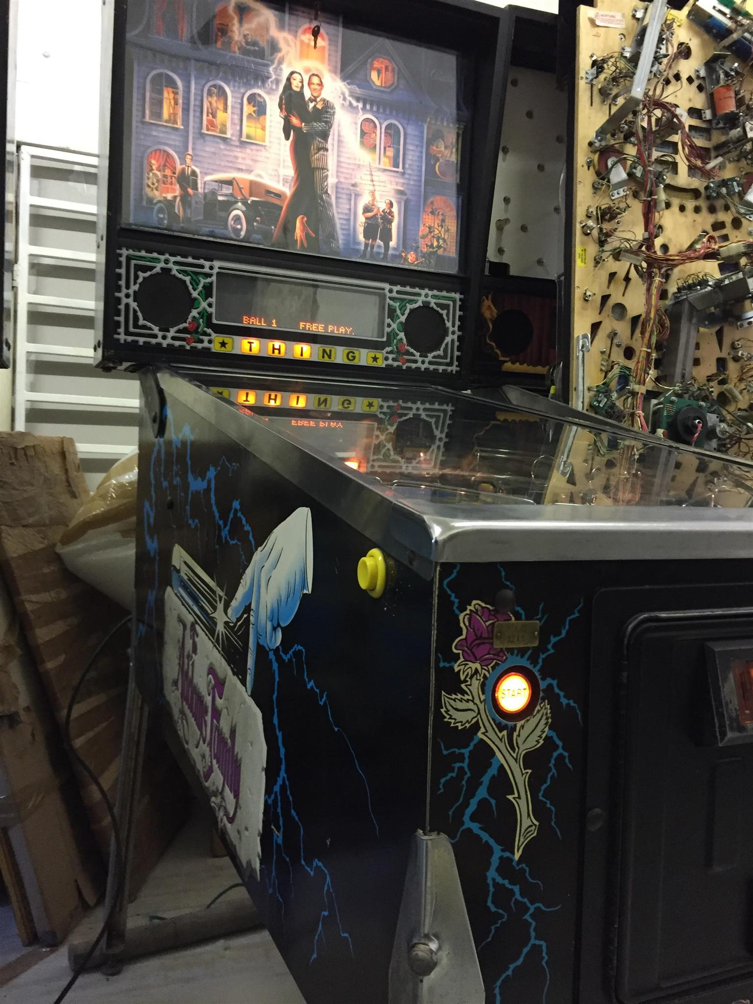 Addams Family Pinball Machine