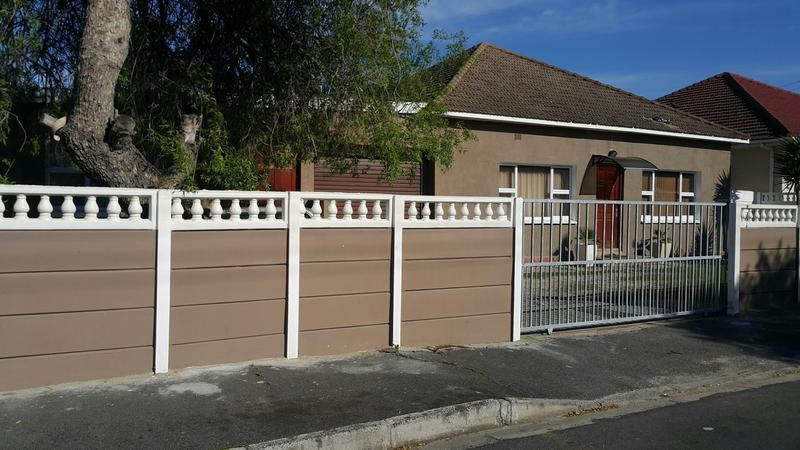 Parow east,Fairfield Estate: (5Bed prop)2Bed Home+2Bed Flat+Outdoor Room/Toilet+Bassin,Schools