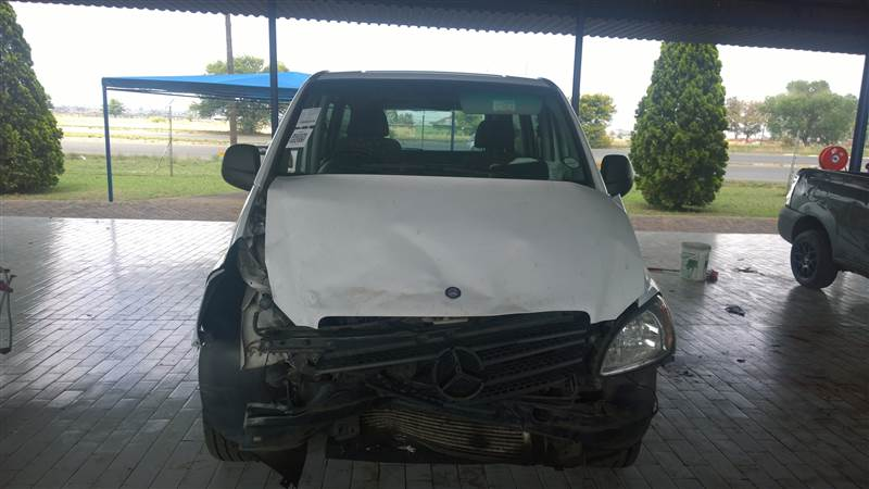 Stripping For Parts 2007 Mercedes Benz Vito 115 Cdi Crew Bus Junk Mail