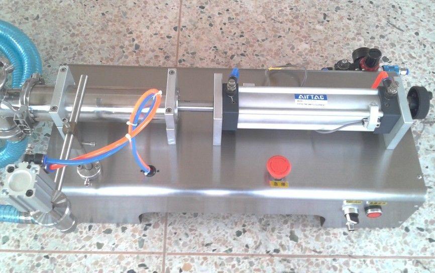 liquid piston filling machine