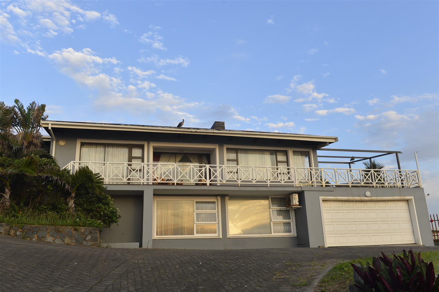 Sea Front House at Shelly Beach 180 degree sea views.