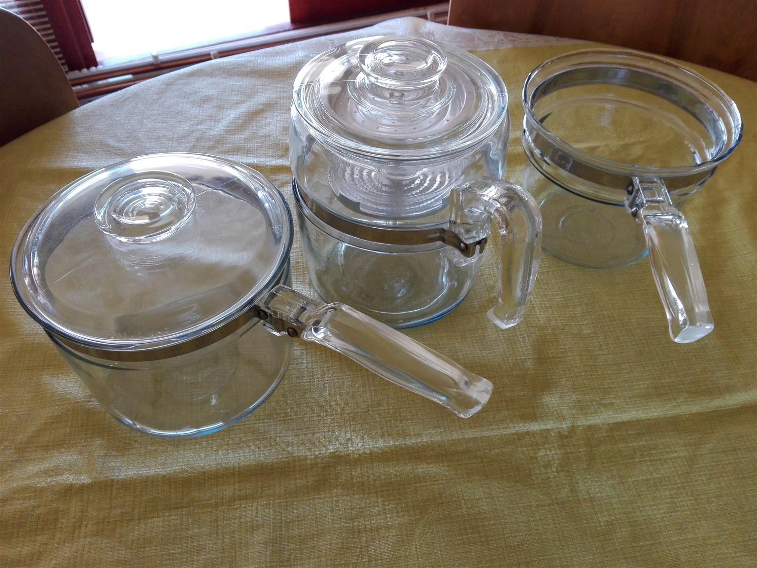 2 glass pots and 1 coffee percolator