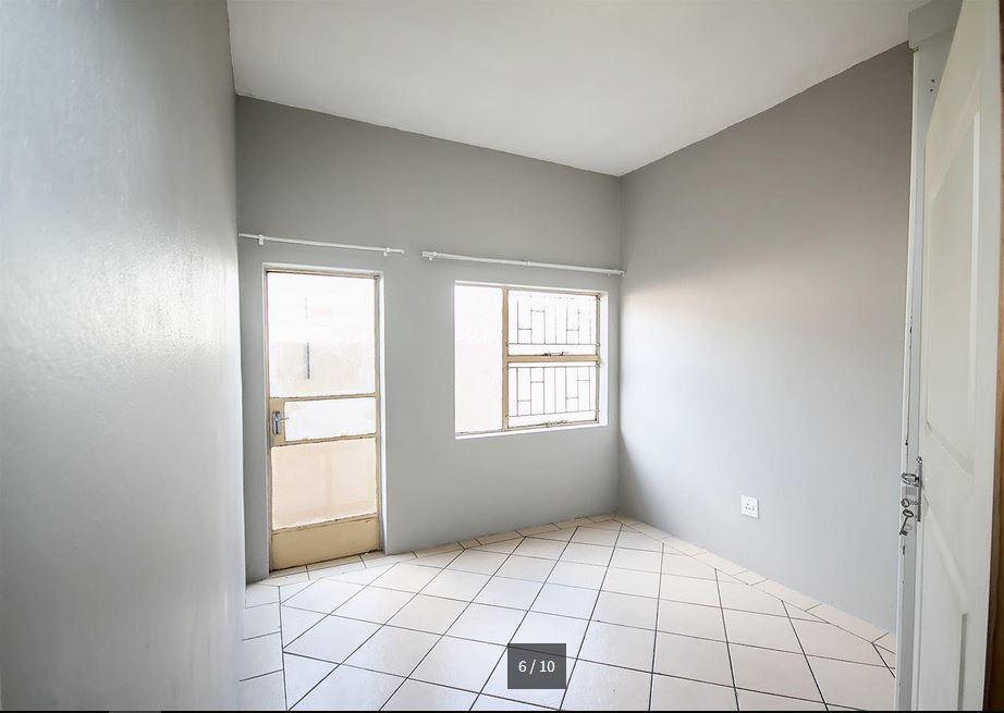 1 Bedroom, 1 Bathroom Flat