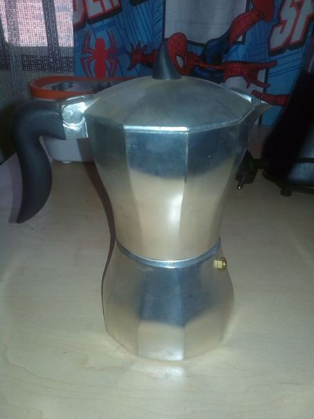 Old kettle for sale