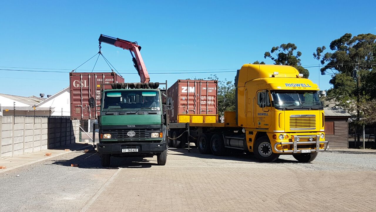 12m/40ft Shipping Containers available in Cape Town