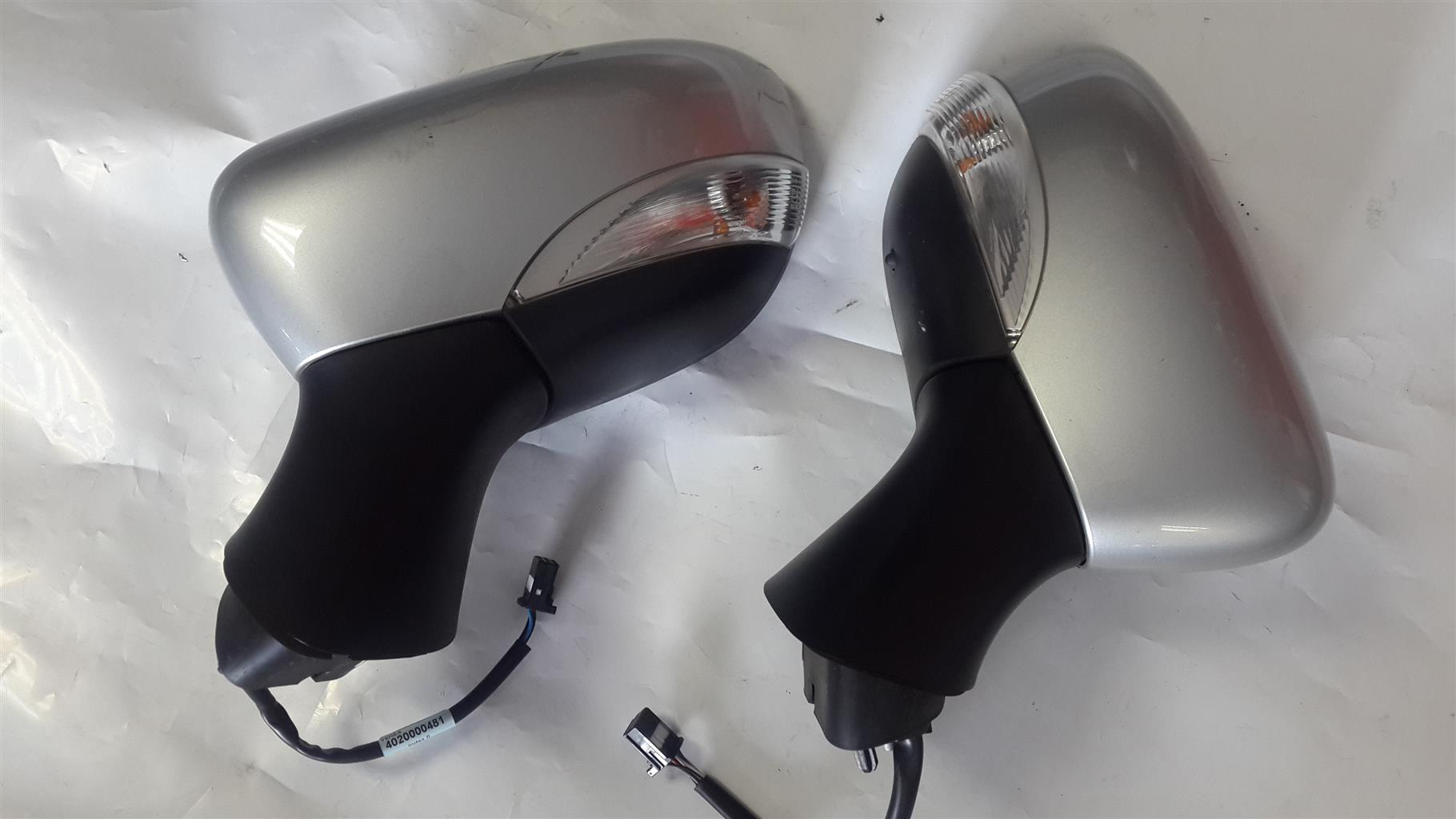 Renault Clio IV Side Mirrors