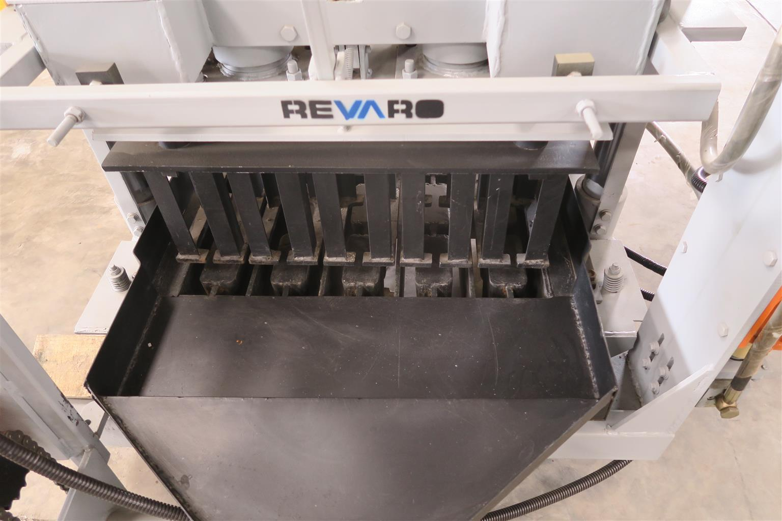 Revaro Egg layers and small static machines