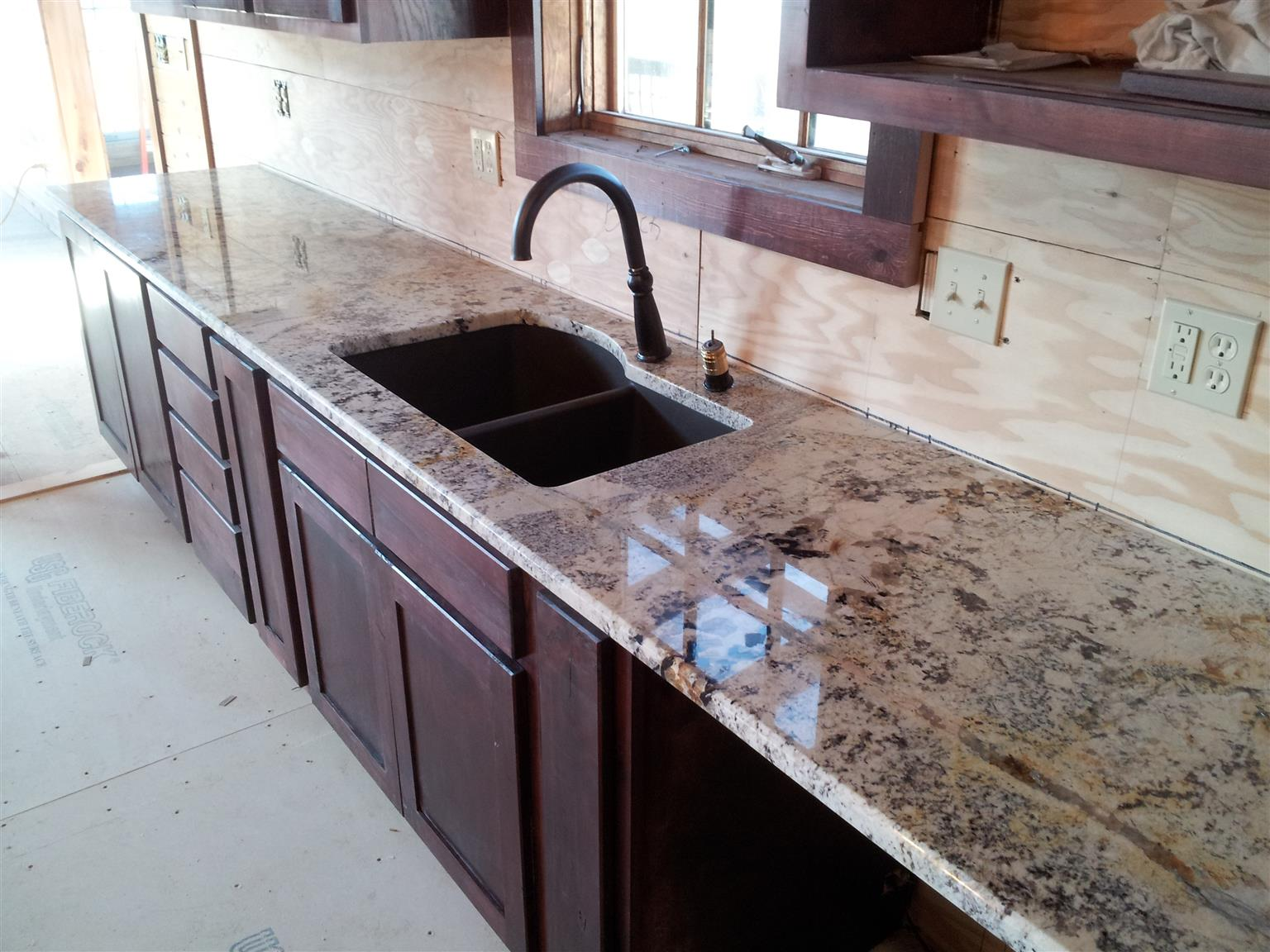 AFFORDABLE QUALITY GRANITE KITCHEN TOPS