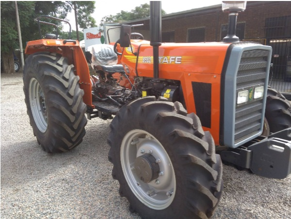 S2796 Orange TAFE 8502 61kW 4x4 New Tractor