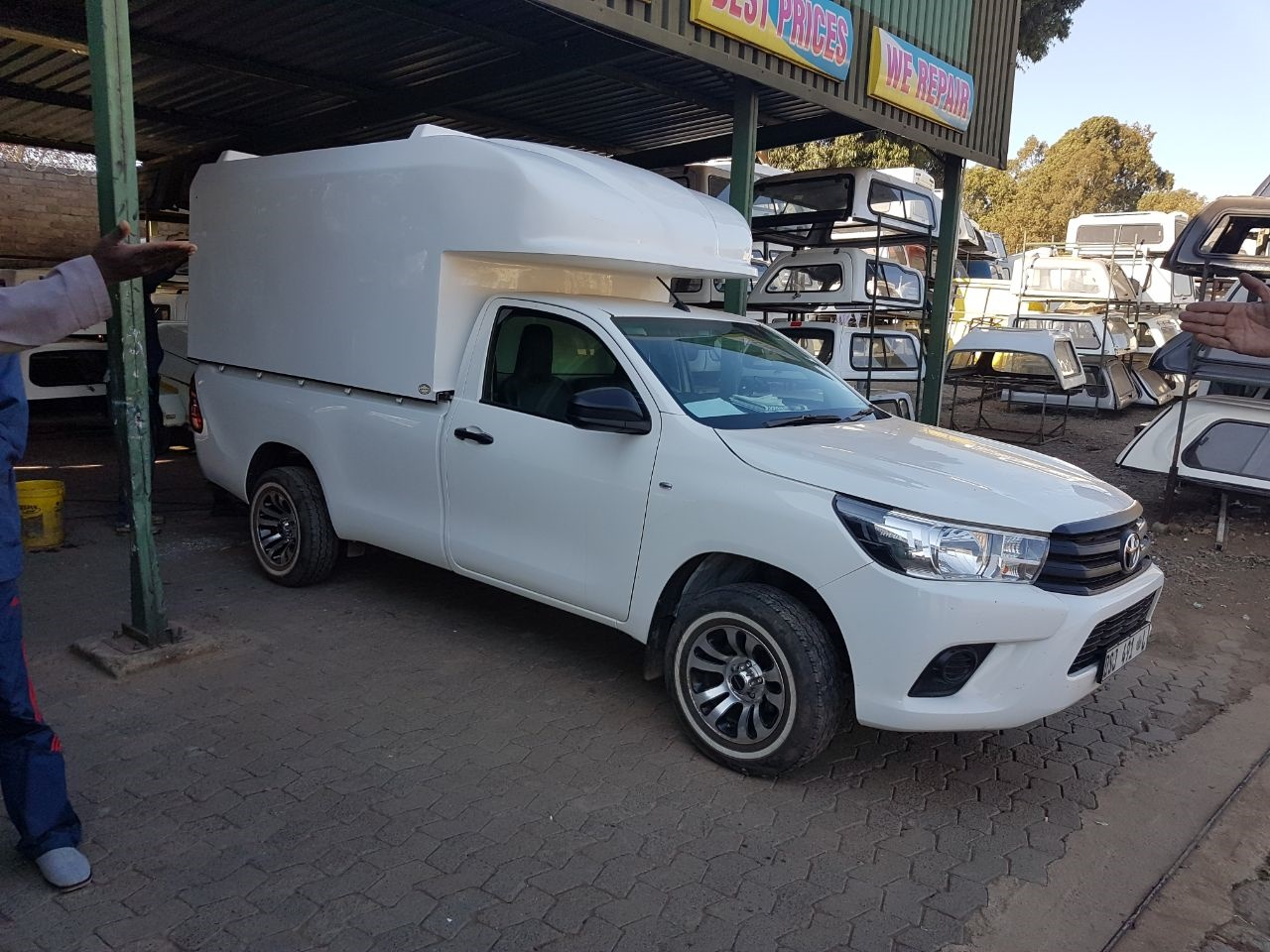 Canopy Reef: Canopies for all – New and used Hilux lwb
