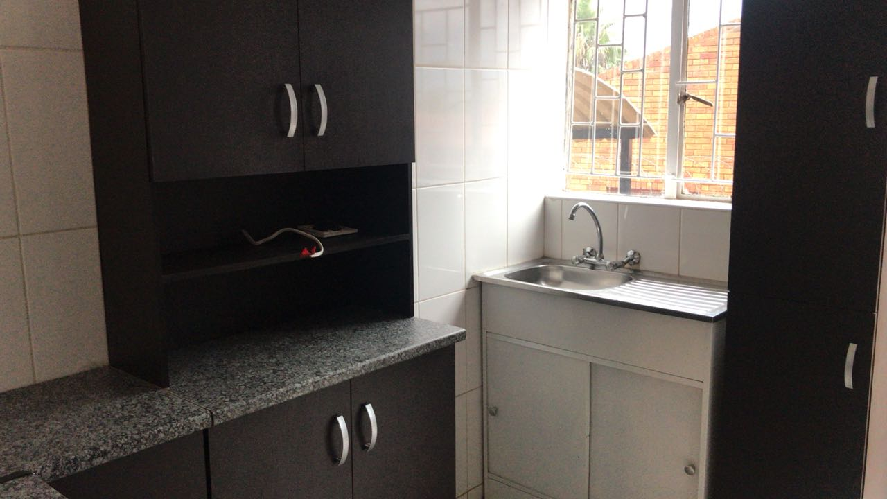 newly renovated flats available in Laudium