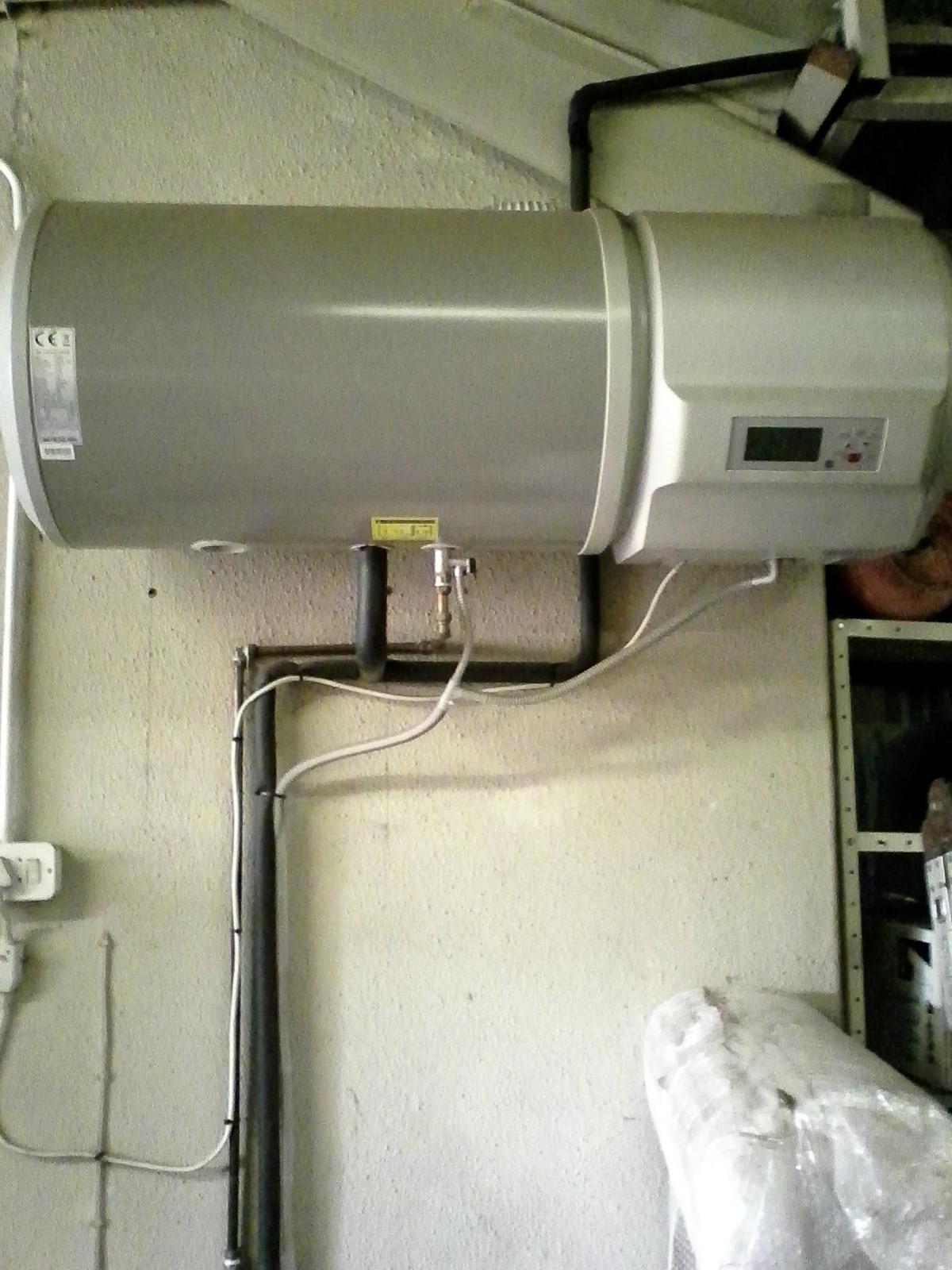 Heat Pump.90 litres.