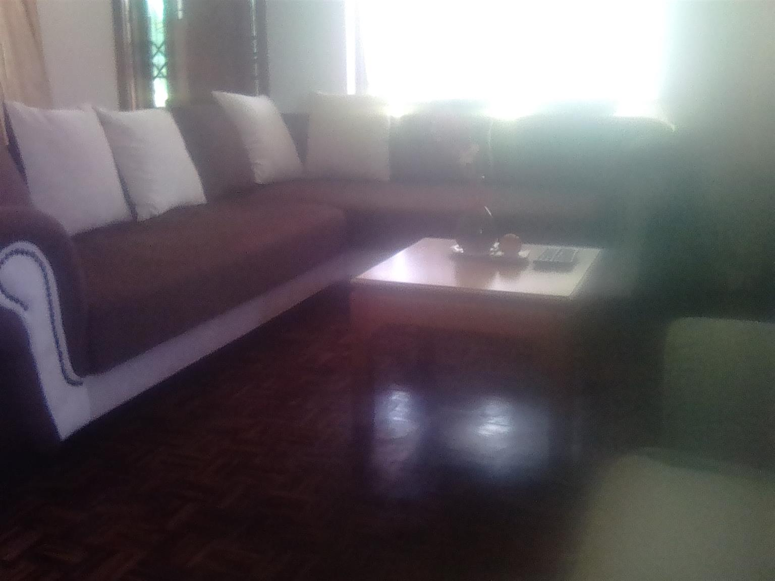 Corner couches 6 seater Pinetown