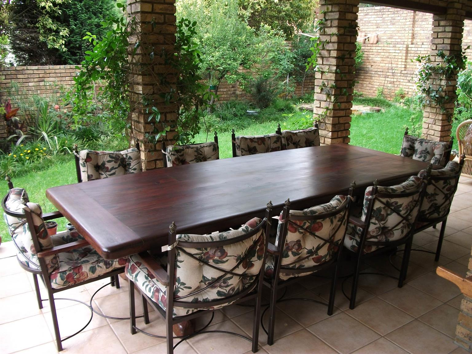 10 Seater Sleeper Rail Wood Table & Chairs