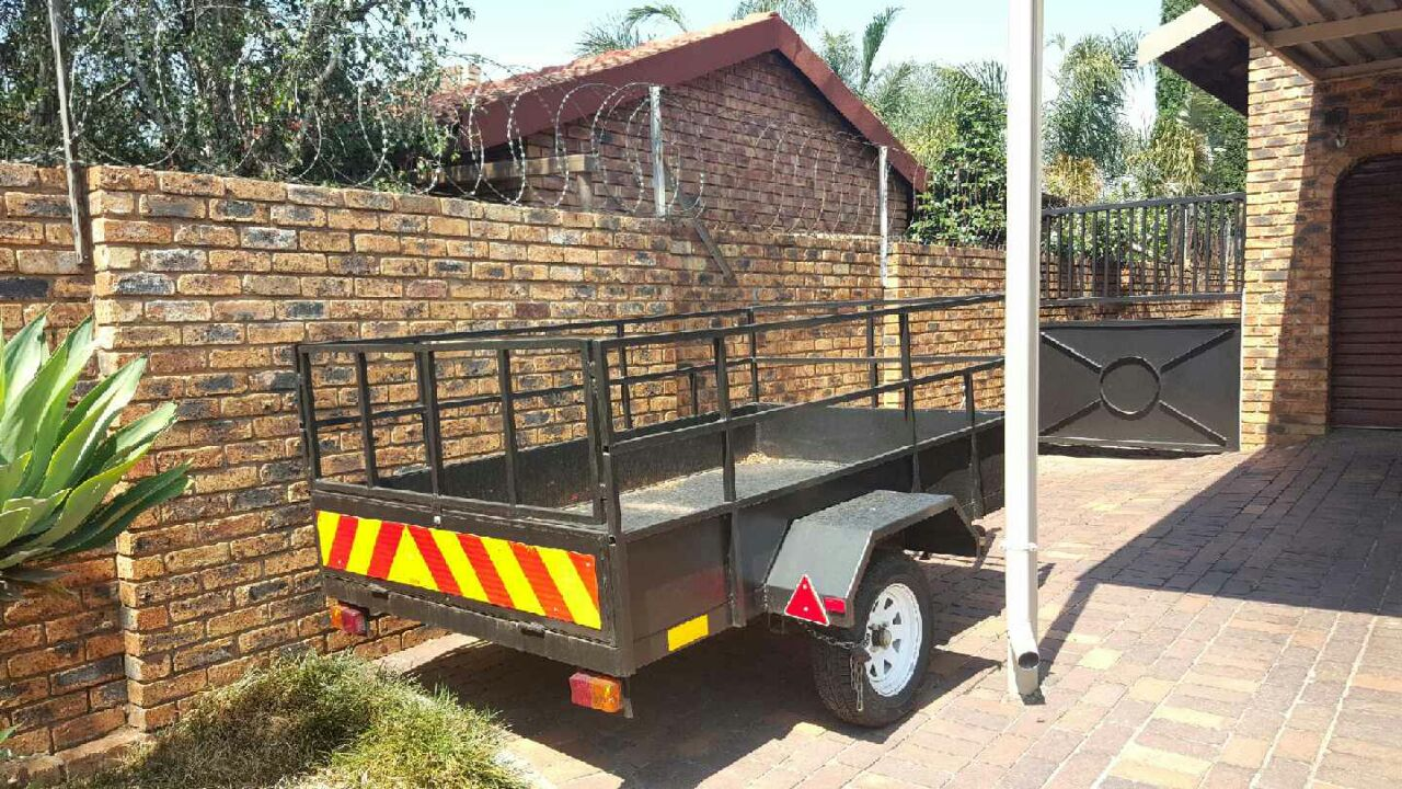 STEEL TRAILER 1 Ton