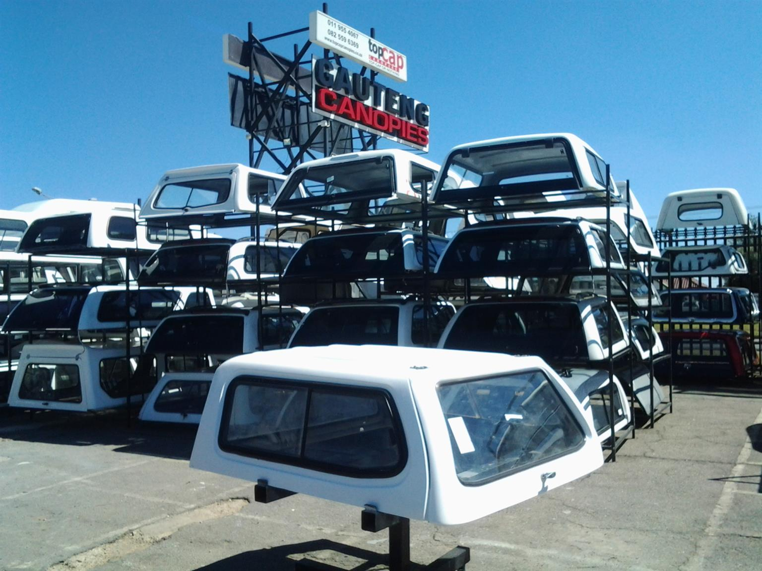 PRE OWNED CANOPY KING ISUZU FLEETSIDE 2005 TO 2013 D/C  CANOPY FOR SALE!!!!!!!