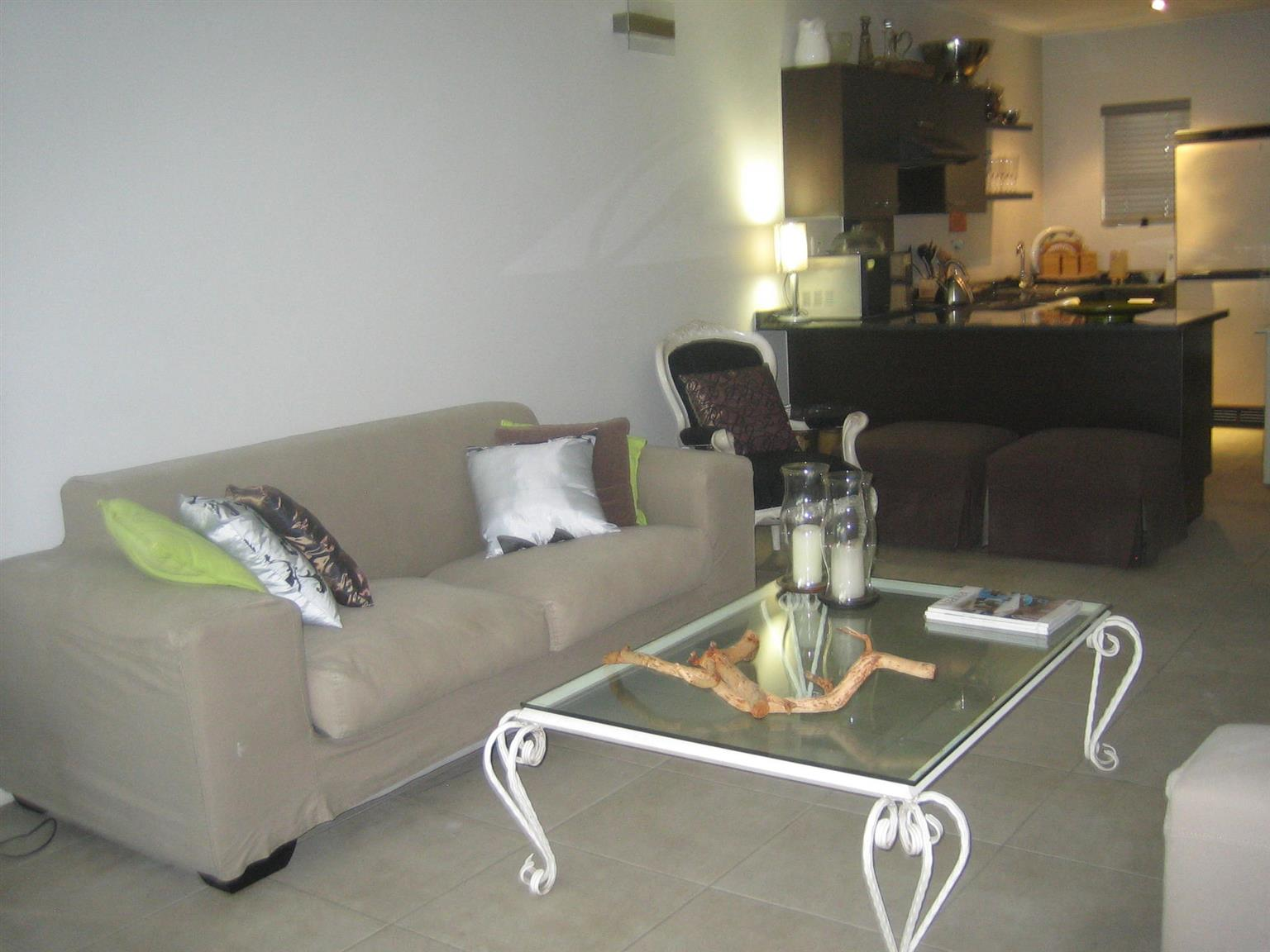 2 x Coricraft Couches for Sale  R3000 for both (neg) - excellent condition