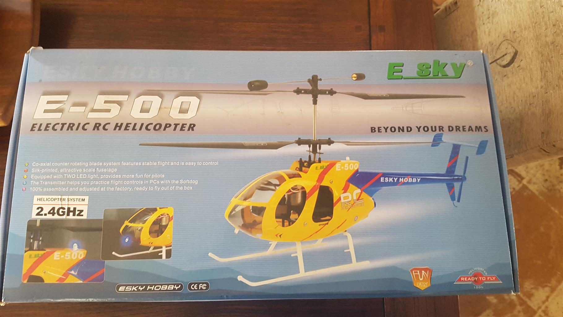 Electric RC Helicopter