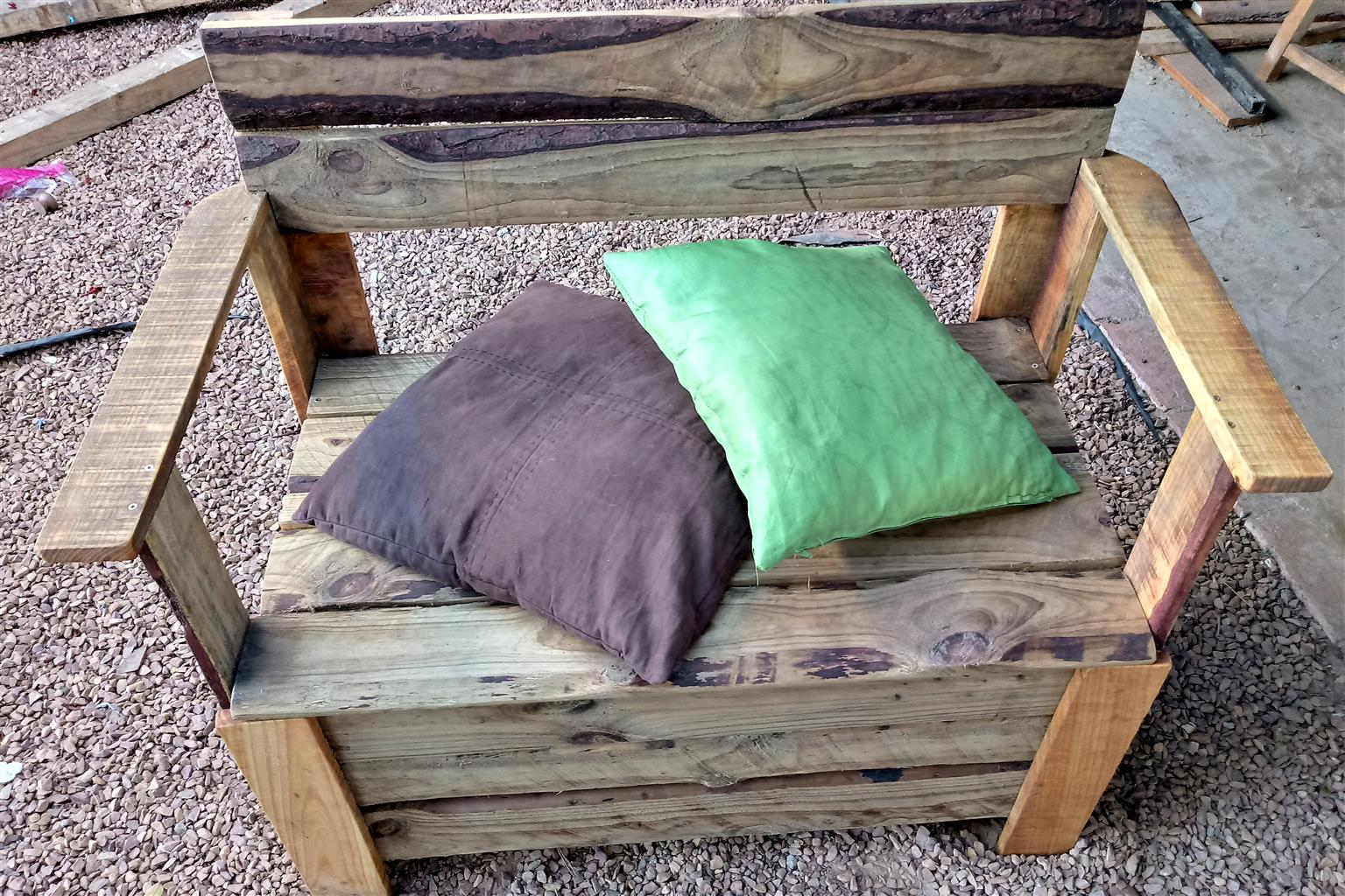 Reduced price! New handcrafted Storage Bench