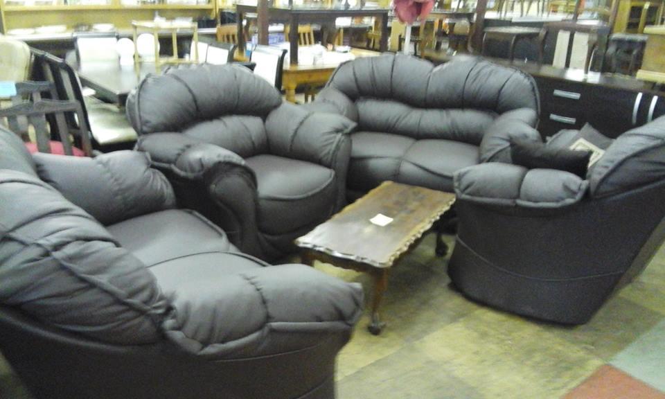 4 Piece dark gray leather lounge suite