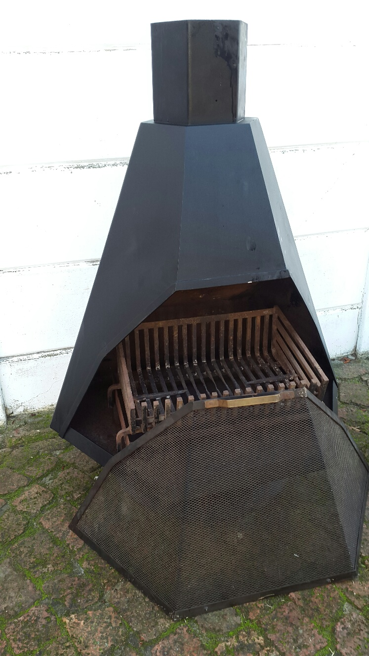 JETMASTER Free standing Fireplace 900 wide.