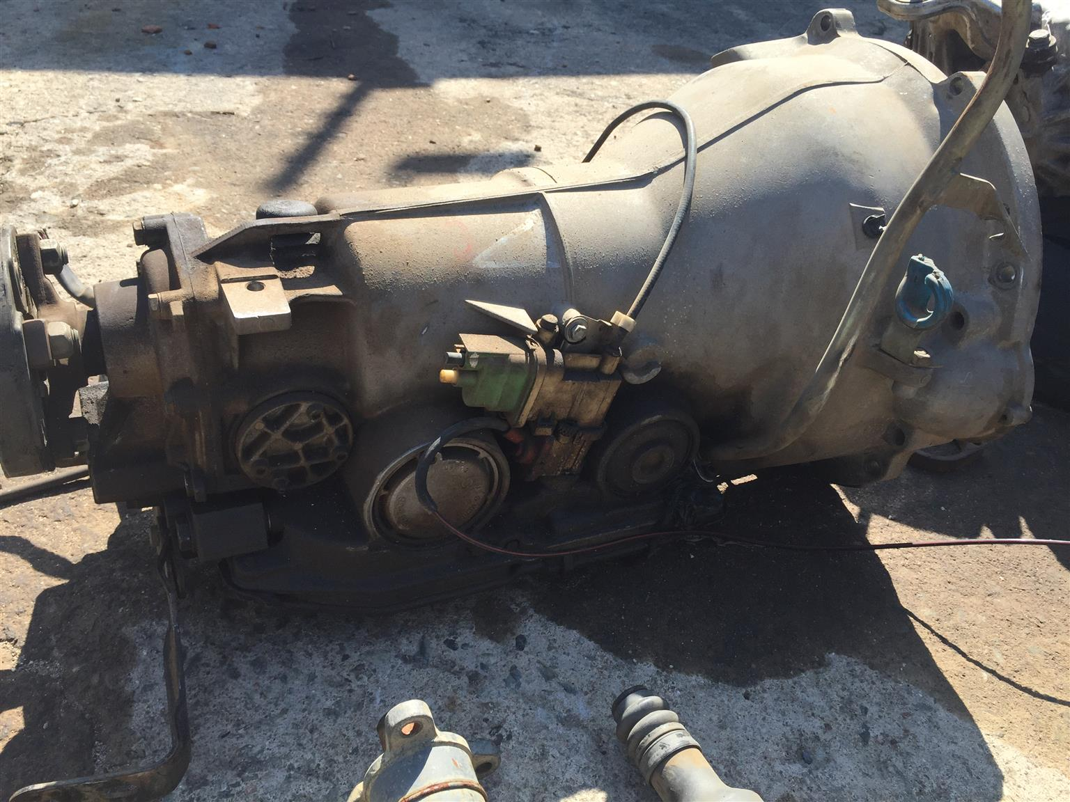 MERCEDES BENZ S500 W140 STRIPPING FOR SPARES GEARBOX FOR SALE