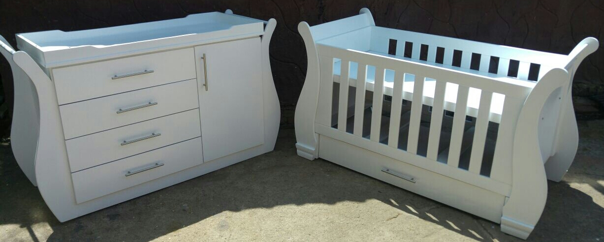 Bluebell Baby Cot and Compactum-R 4999,00