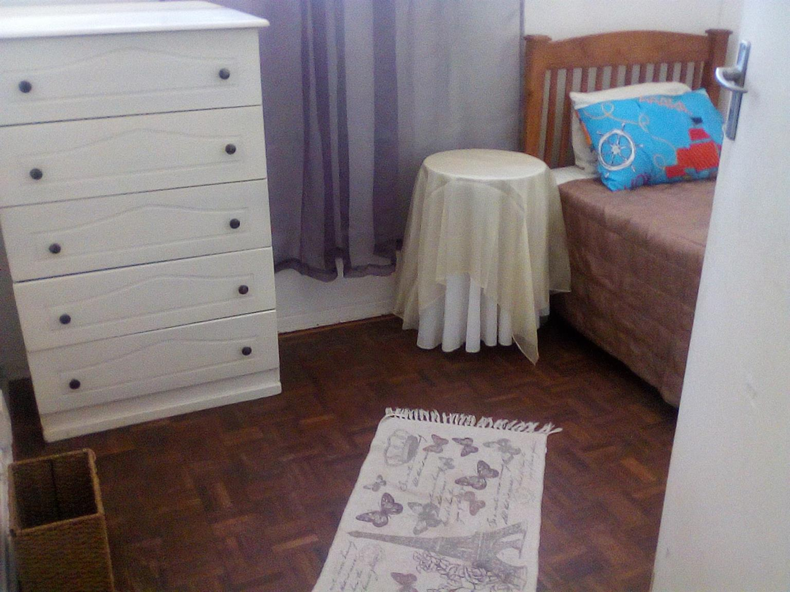 COSY SUNNY FURNISHED BEDROOM CRESTA RANDBURG BARGAIN!!