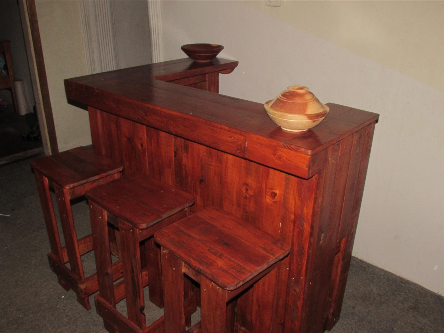 rustic pallet furniture. Rustic Wood Pallet Furniture