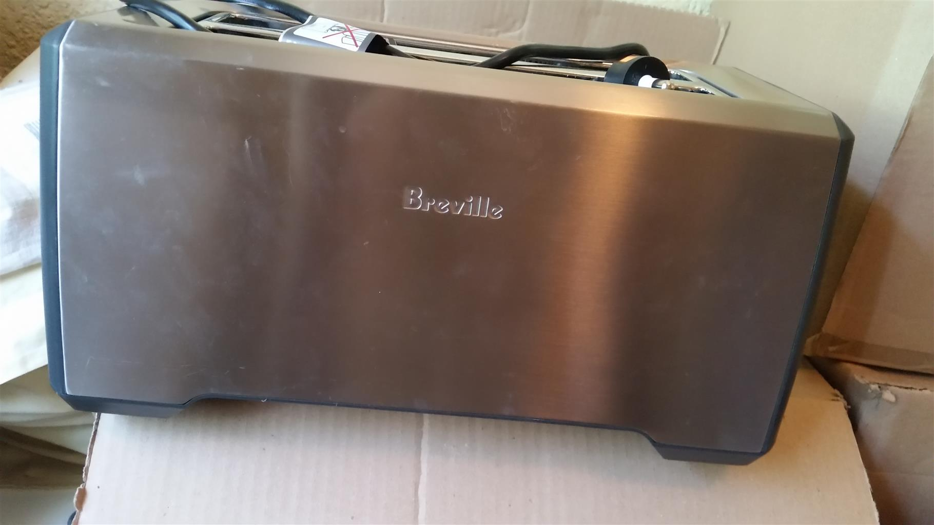Breville 4 Slice Toaster for Sale
