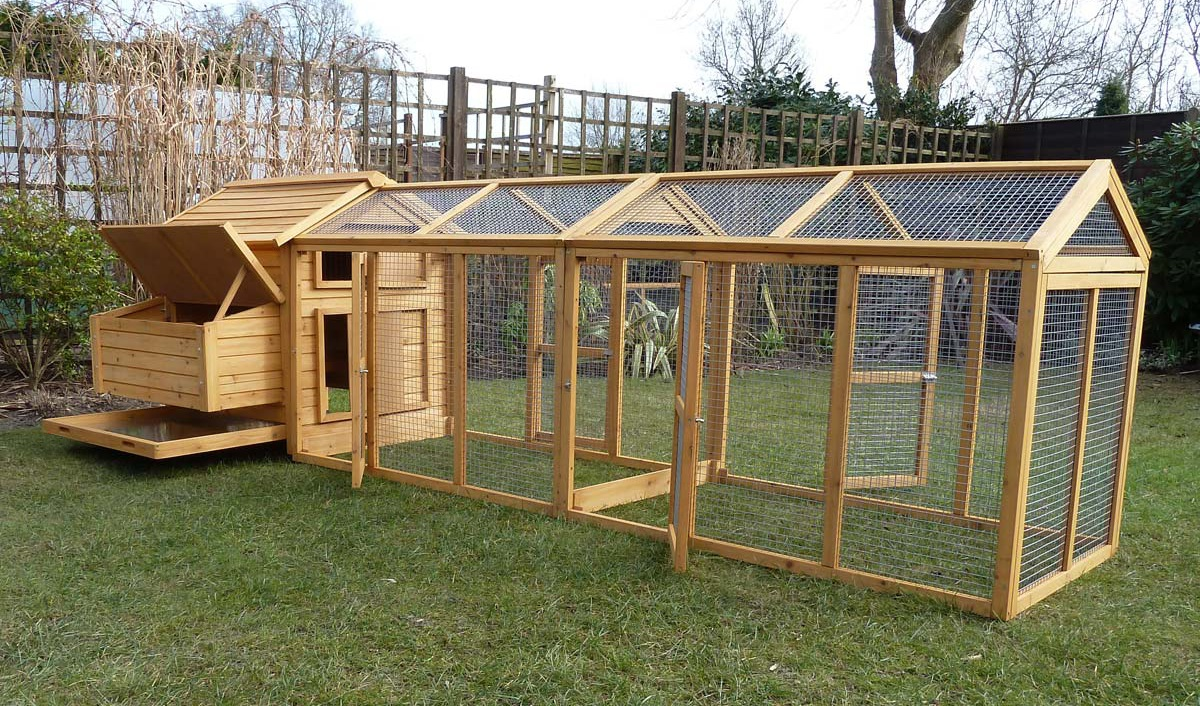 Quality Chicken Houses, Suitable For Between 2 and 12+ chickens!!